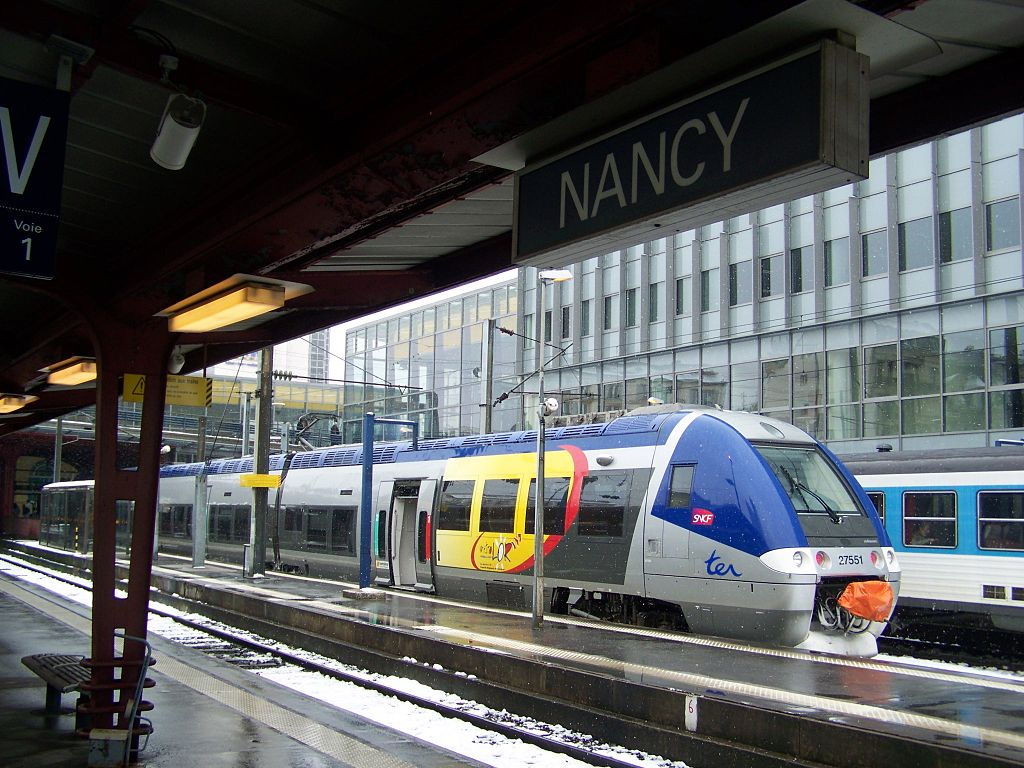 TER en gare de Nancy