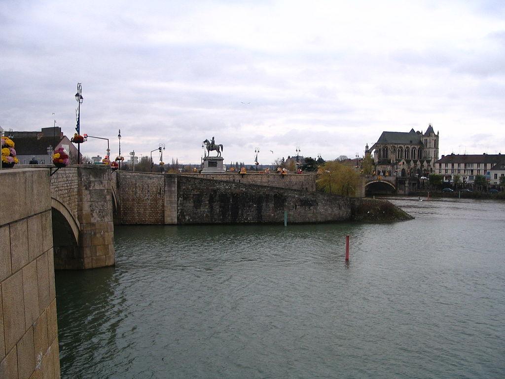 Montereau-Fault-Yonne-arcalys-archives