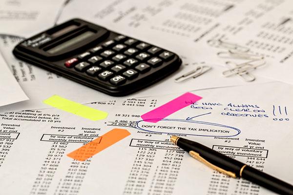 Quels sont les délais de conservation des factures d'une entreprise ?